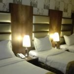 Three Beds With Two Bed Lights